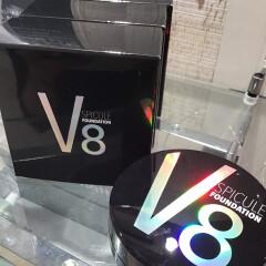 V8ファンデーション